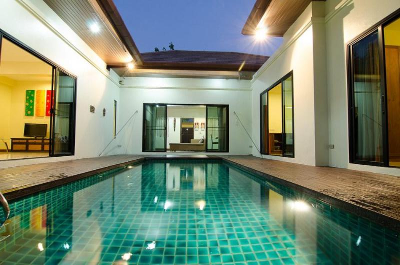 Private pool can be accessed from all bedrooms & living area - Affordable 3 Bedroom Private Pool Villa - Phuket - rentals