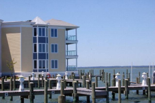 Sunset Bay Villa 203 - Image 1 - Chincoteague Island - rentals