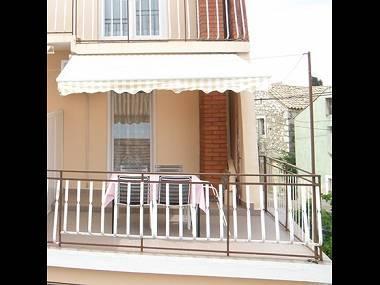 A2(5): terrace - 6136 A2(5) - Kukljica - Kukljica - rentals