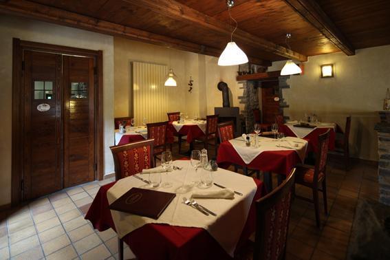 the restaurant - Locanda degli elfi albergo diffuso - Canosio - rentals
