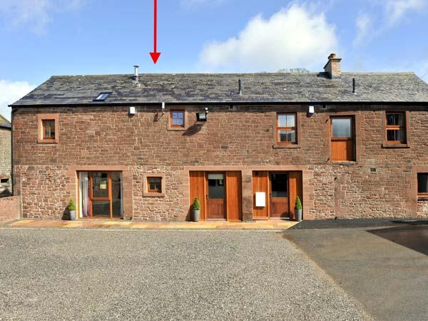 THE OLD GRAINSTORE, family accommodation, character features, woodburner, en-suite bedroom, near Wigton, Ref 18931 - Image 1 - Wigton - rentals