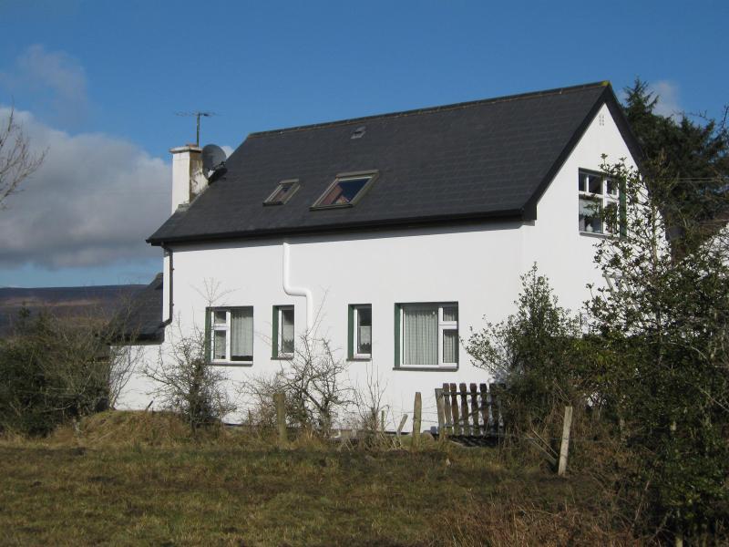 Mountain View - Image 1 - Dowra - rentals