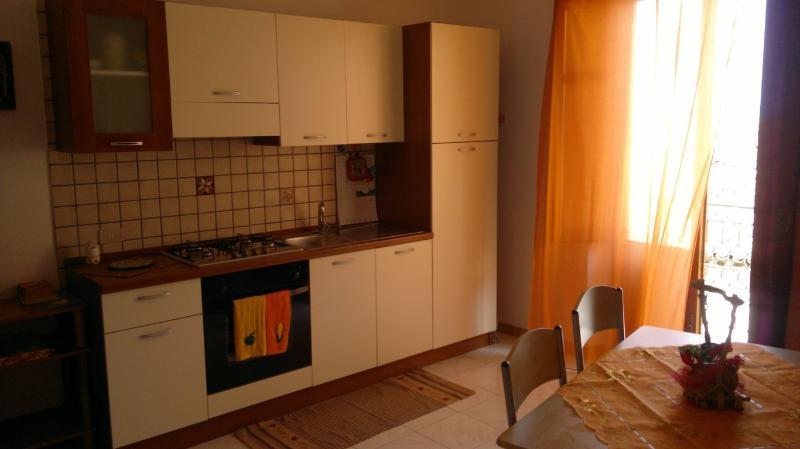 Casa Dante for Holidays in Sicily - Image 1 - Castellammare del Golfo - rentals