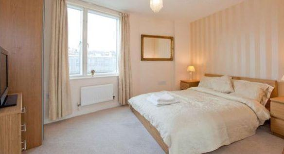 Bedroom 2 - Double Bed - Luxurious 2 doublebed Apartment near London Bridge - London - rentals