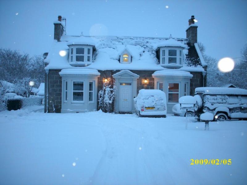 Snow - Waverley Villa Guest House - Grantown-on-Spey - rentals