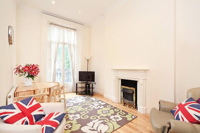 Beautiful living area - **BEST LOCATION** HYDE PARK 2 Bed 2 Bath + TERRACE - London - rentals