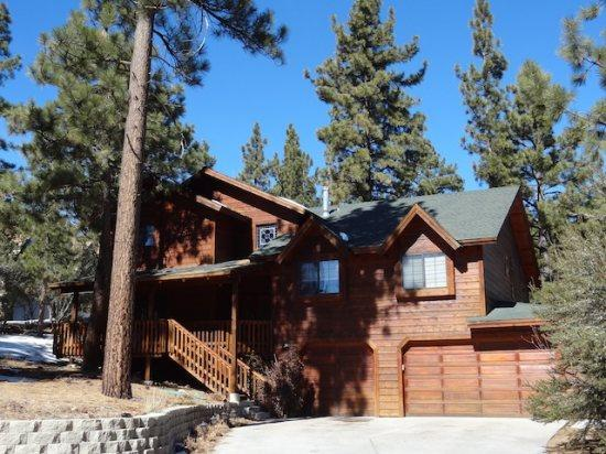 Castlewood 5 BR, Game Room, Hot Tub - Image 1 - Big Bear Lake - rentals