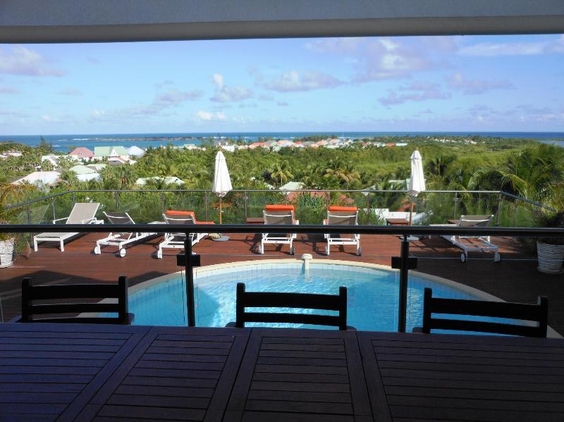 Villa Soualiga, Green Cay, Orient Bay, St Martin - SOUALIGA...at Green Cay Villas... lovely views, fresh breezes, comfortable villa overlooking beautiful Orient Bay - Saint Martin-Sint Maarten - rentals