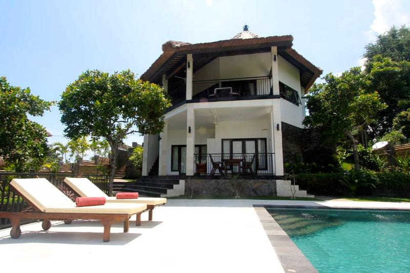Front view Villa Mente - Villa Mente: 3-bedroom Villa with Amazing Views! - Lovina - rentals