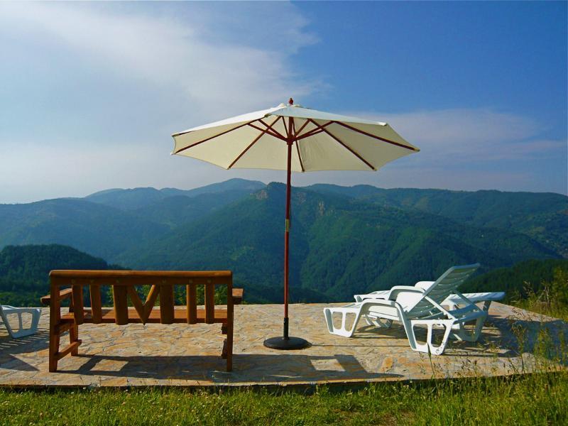 Sunbathing terrace - Melanya Mountain Retreat - Kardzhali - rentals