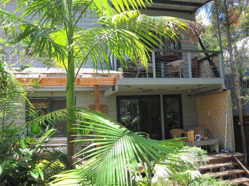 Beach House in rainforest - Absolutely Belongil Beach House - Byron Bay - rentals