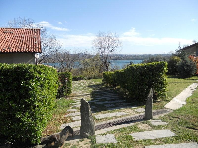 the  house and the lake - Cottageof charme  with lake view in a quiet mountain farm. - Lombardy - rentals