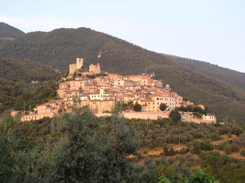 The Medieval Village of Roccantica - Enchanting Medieval Village Home; Stunning Views - San Vittore del Lazio - rentals