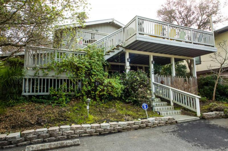 Charming dog-friendly home w/ unique interior, ocean views & great wood stove! - Image 1 - Aptos - rentals