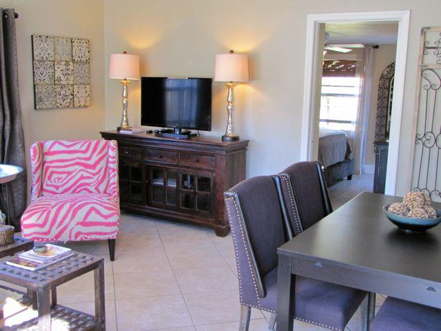WILTON COTTAGE NORTH Charming 2Bed/1Bath with yard - Image 1 - Fort Lauderdale - rentals