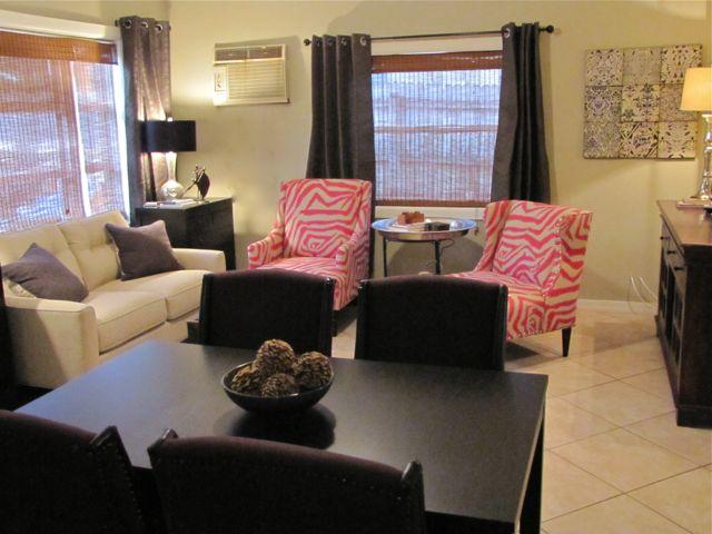 2B/1B Beautiful Apartment w/fenced yard for fido - Image 1 - Fort Lauderdale - rentals