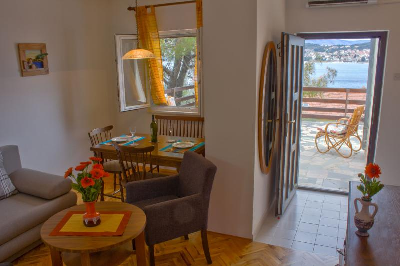 Apartment 30 m from the sea  Okrug Gornji, Trogir - Image 1 - Okrug Gornji - rentals