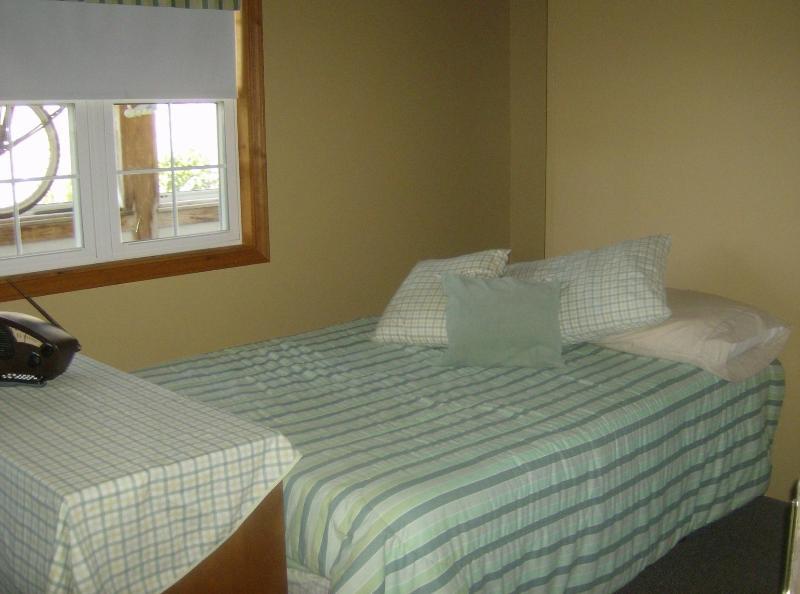 R&R Guest House - Image 1 - LaPorte - rentals