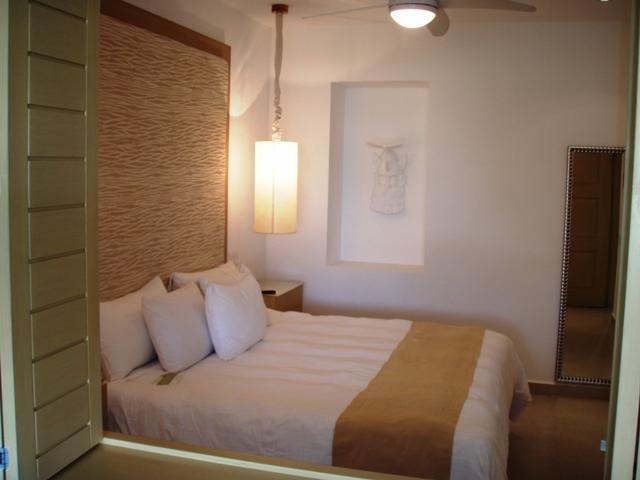 Bedroom - 1 bdrm condo on El Tigre golf course - Nuevo Vallarta - rentals