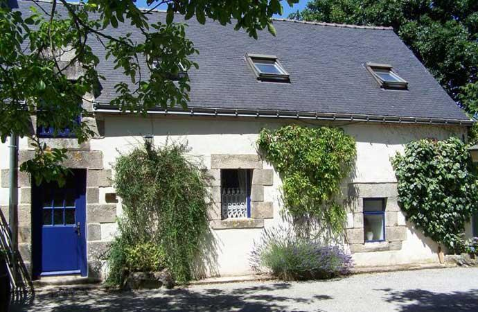 Le Laurier 3 bed Holiday Cottage at The Longhouse - Image 1 - Brittany - rentals