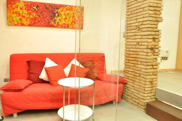 Modern and stylish apartment in El Born - Ciutat Vella  Barcelona 45 - managed by travelingtolisbon - Image 1 - United States - rentals