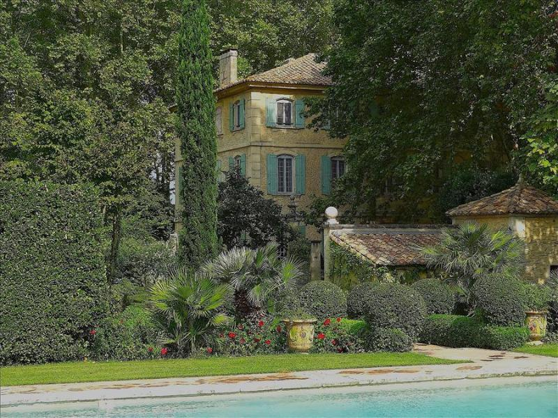 St.Remy-de-Provence, Dream Bastide in Provence, Private Pool, tennis, and Elegant Gardens, Sleeps 12 - Image 1 - Saint-Remy-de-Provence - rentals