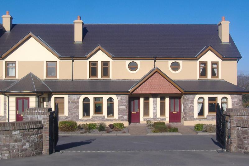Seefin Grove Entrance - SEEFIN GROVE 4 STAR HOLIDAY RENTAL - Glenbeigh - rentals