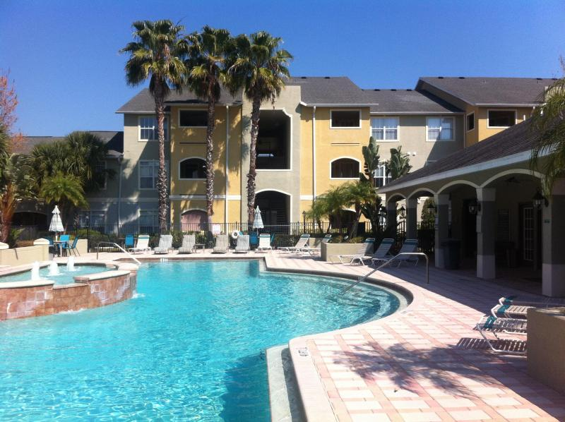 Wonderful Resort Pool Area - Beautiful  & Tranquil Condo,  Avalon  Clearwater - Clearwater - rentals