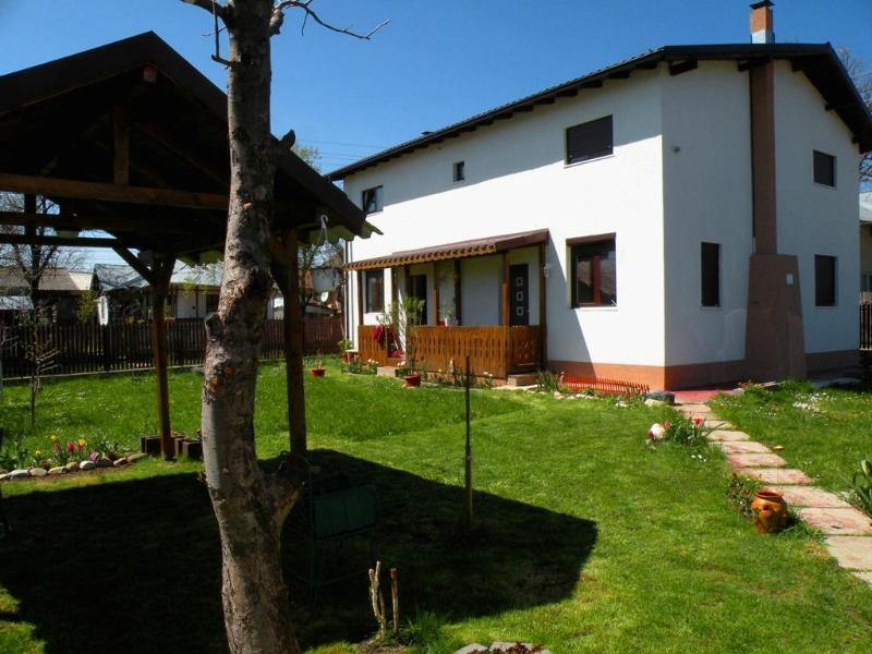 Casa Lavanda - Holiday house near Prahova Valley - Image 1 - Traisteni - rentals