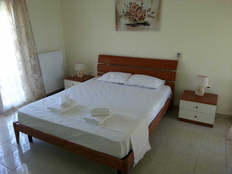 Villa Amphitrite - Image 1 - Gennadi - rentals