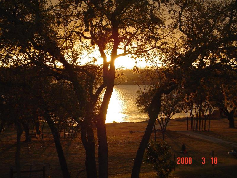 sunset - Direct access to the water bluebonnetvilla for 12 - Canyon Lake - rentals