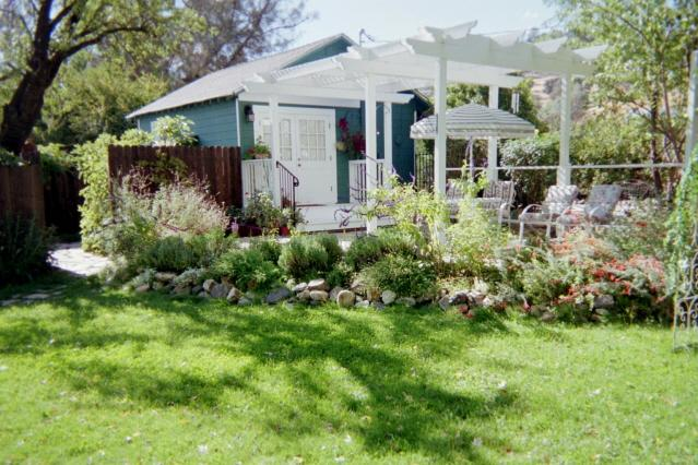 Garden Cottage - Private Get-Away Garden Cottage for Two - Murphys - rentals