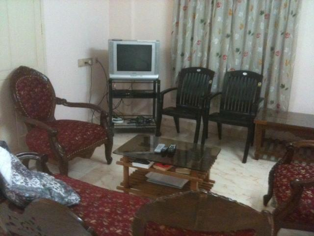 Living area - Furnished air-conditioned 2 bed  flat - Trivandrum - Kerala - rentals