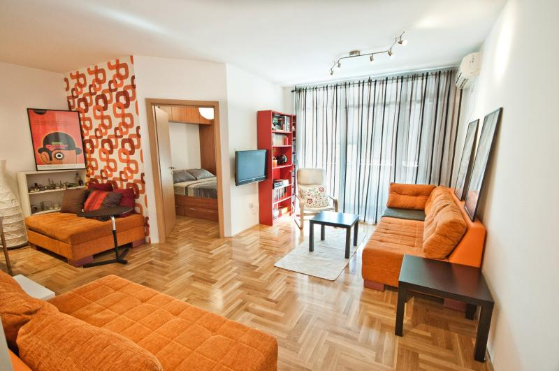 Superior one bedroom apartment - Image 1 - Podgorica - rentals