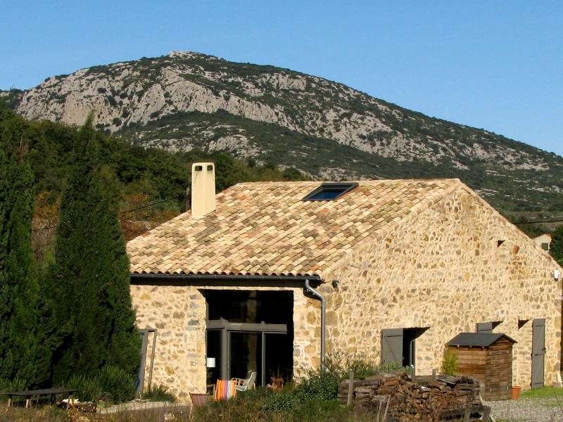 La Rassada is set in dramatic limestone countryside - La Rassada Eco B&B, nr Languedoc Coast, sth France - Languedoc-Roussillon - rentals
