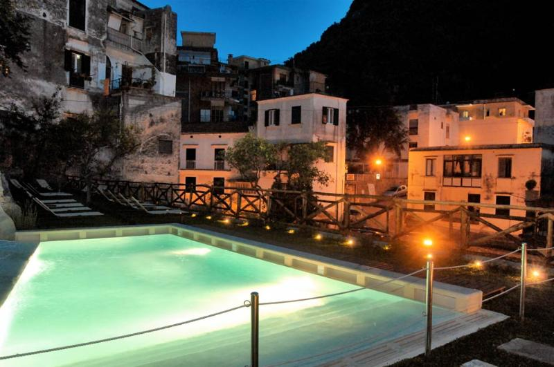 Amalfi Pool - Cartiera with Pool - situated in Amalfi town - Amalfi - rentals