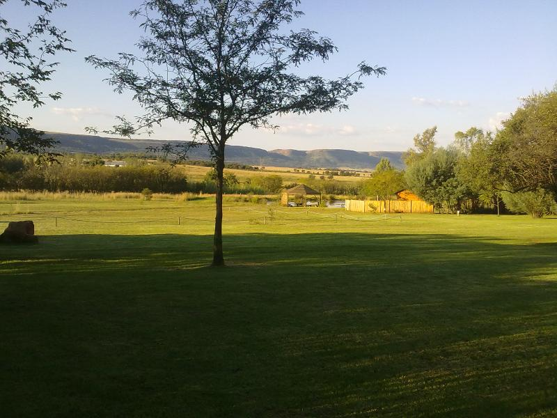 Panoramic view of the Mountains and neat gardens - Big Creek Guest Lodge and Funtion Venue - Magaliesburg - rentals