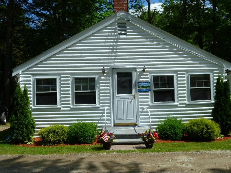 Cottage - Newfound Lake 2 Bedroom Condo Bridgewater NH - Bridgewater - rentals