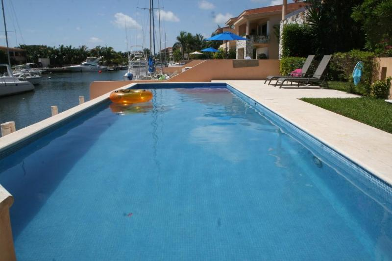 Pool View - Beautiful, large 2 bdrm, 2 bthrm Condo - Puerto Aventuras - rentals
