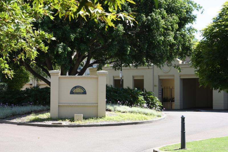 The Lombard Estate - Entrance - The Lombard Estate Glebe Sydney - Sydney - rentals