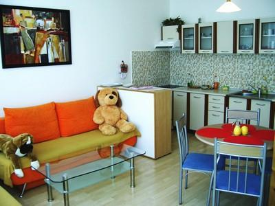 Comfortabel, equipt kitchen, bathroom with tube, - Image 1 - Prague - rentals