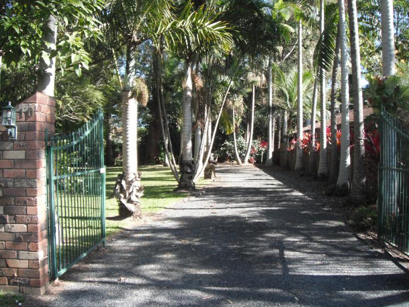 Entry to B & B - Emerald Tropical Palms B & B - Coffs Harbour - rentals