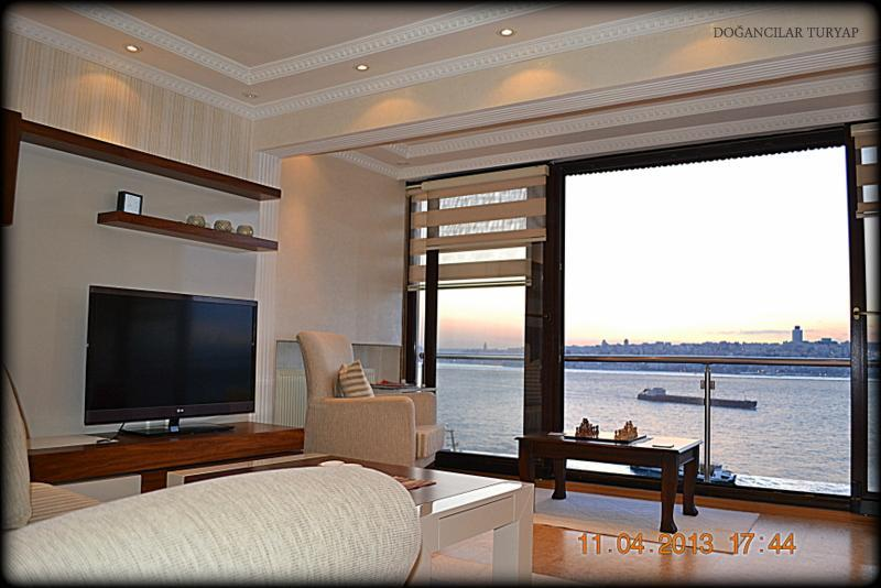 The Bosphorus Apartment - Image 1 - Istanbul - rentals