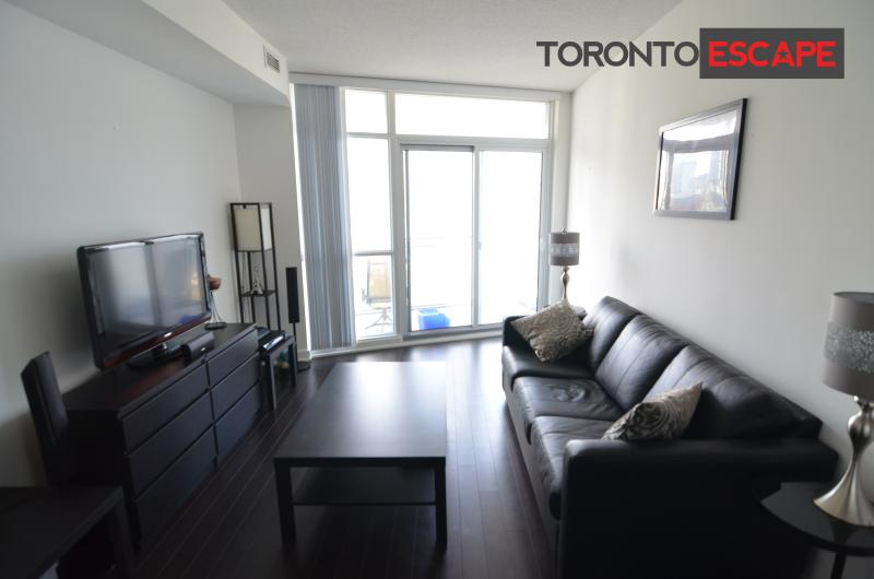 THE PERFECT CITY & LAKE VIEW - 2bdr + 1.5 bath - Image 1 - Toronto - rentals