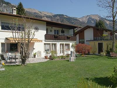 garden sight from south - Chalet Sonnenblick - Apartment Sonnenblick 1 - Brienz - rentals