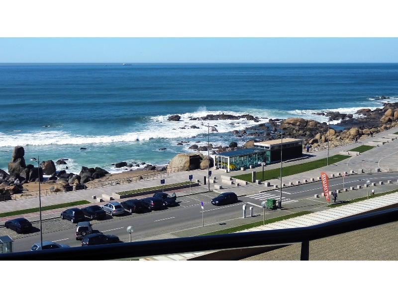 View from balcony - Beach front apartment with amazing sea view - Vila Nova de Gaia - rentals