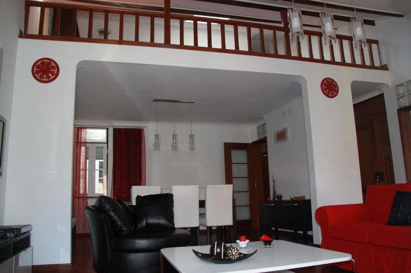 Penthouse in Lisbon - Image 1 - Lisbon - rentals