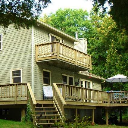 Master Bedroom walk out balcony and main level wrap around deck - Manitoulin Island Cottage - Manitoulin Island - rentals