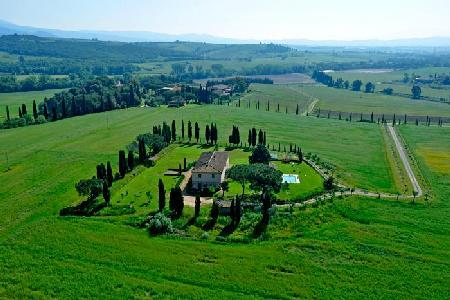 Fantastic Villa Maremmana, amazing grounds with a Turkish bath and billiard room - Image 1 - Grosseto - rentals