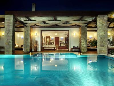 Chic Royal Spa Villa on serene private beach with tranquil heated pool- jacuzzi - Image 1 - Tragaki - rentals
